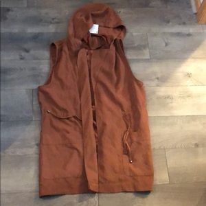 Staccato Large NWT Vest